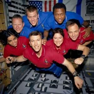 STS 107 - załoga / Credits - NASA