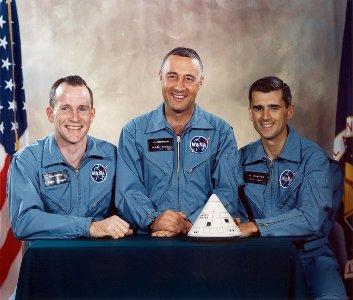 Zaloga Apollo 1 - White,  Grissom, Chafee / Credits - NASA