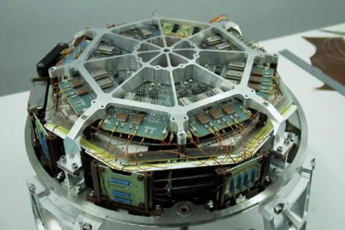 Model kwalifikacyjny instrumentu JEM-X dla satelity Integral (ESA)