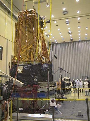Testy wibracyjne satelity integral w ESTEC, Holandia (ESA/MoaR)