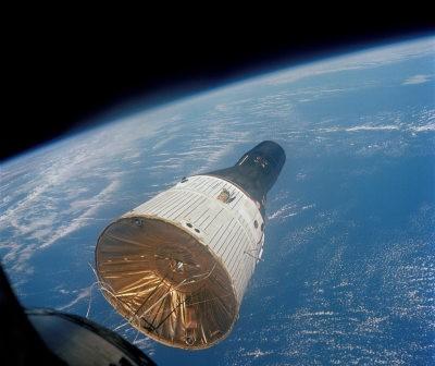 Kapsuła Gemini w trakcie misji Gemini 7 / Credits - NASA