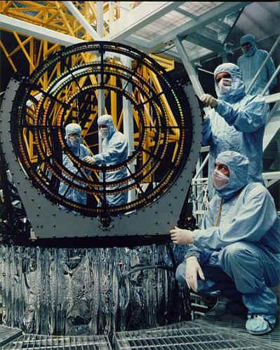 Integracja elementów spektrometrycznych HEGTS I LEGTS (NASA)