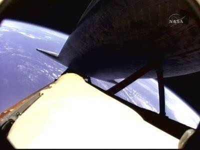 Atlantis ze zbiornikiem ET / Credits - NASA TV