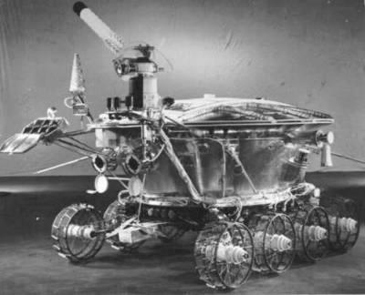 Łunochód 1  - pierwszy zdalnie sterowany pojazd na Księżycu / Credits - NASA