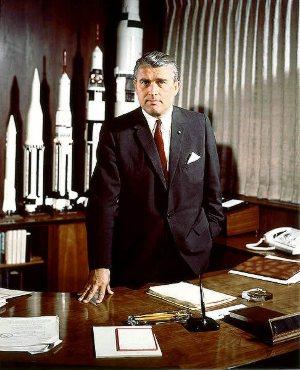 Werner von Braun - już jako pracownik NASA / Credits - NASA