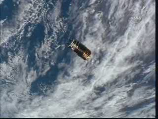 HTV z pokładu ISS / Credits - NASA TV