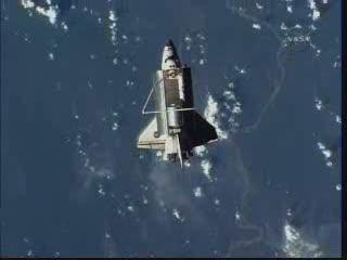 Discovery ponad dżunglą amazońską / Credits - NASA TV