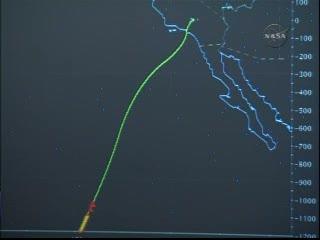 02:36 CEST - prom zbliża się do wybrzeży Kalifornii / Credits - NASA TV