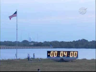 Zegar startowy zatrzymany na T-4 minuty, credits: NASA