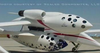 White Knight i podczepiony SpaceShipOne / Credits - Scaled Composites