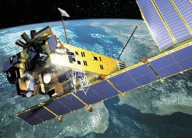 Wizja satelity Envisat na orbicie okołoziemskiej (ESA)