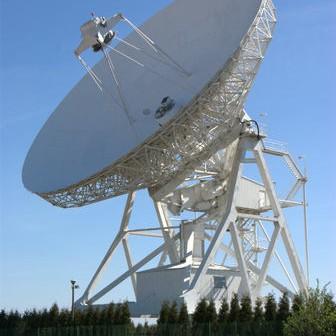32-metrowy radioteleskop UMK w Piwnicach pod Toruniem, credits: Adam Piech (kosmonauta.net)