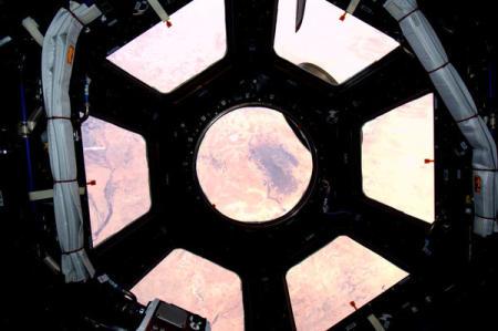 Sahara widziana z Cupoli, dostarczonej na ISS w trakcie misji STS-130 / / Credits - Astro_Soichi (to astronauta Soichi Noguchi)