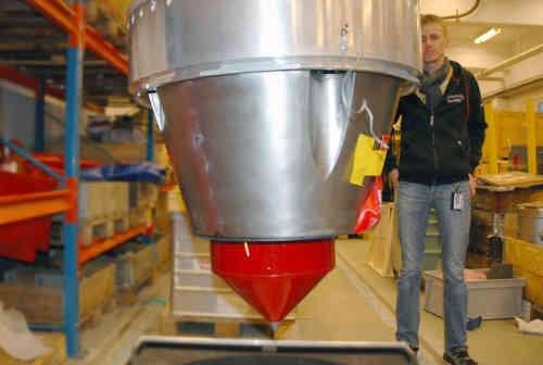 Przygotowania eksperymentu SHARK do lotu na pokładzie rakiety Maxus-8, credit: SSC