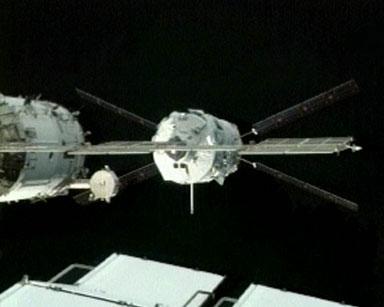Dokowanie ATV-1 do ISS, 3  kwietnia 2008, (c) ESA