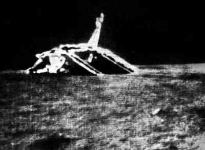 Obraz wideo przesłany przez Łunochoda 1, przedstawiający lądownik Łuna 17, credit: Lavochkin