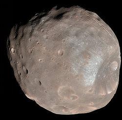 Zdjęcie Fobosa wykonane w 2008 roku przez sondę MRO / Credits - NASA