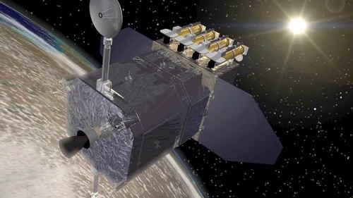 Wizja artystyczna SDO, prowadzącego badania na orbicie Ziemi  credit: NASA/Goddard Space Flight Center Conceptual Image Lab