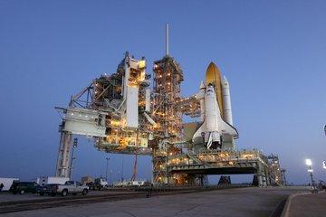 Prom Discovery na wyrzutni startowej LC-39A. Zdjęcie wykonano 19 marca 2010 / Credits - NASA