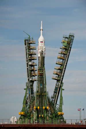 Sojuz TMA-18 oczekuje na start w kompleksie kosmodromu Bajkonur, credit: NASA/Carla Cioffi