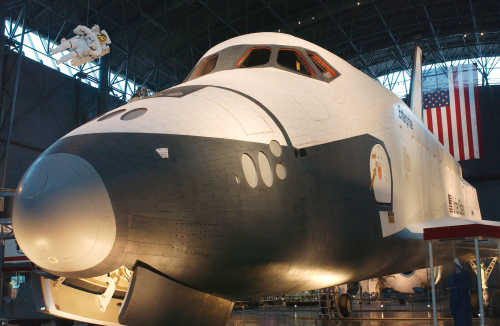 Wahadłowiec Enterprise na wystawie w Smithsonian's National Aeronautics Space Museum (NASA/Renee Bouchard)