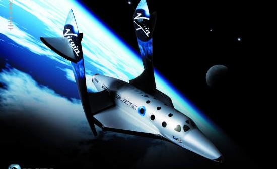 Wizja artystyczna SpaceShip Two podczas lotu suborbitalnego, credit: Virgin Galactic