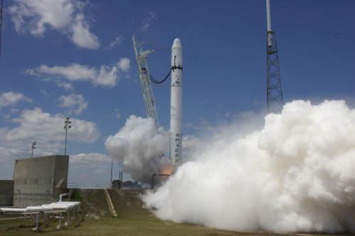 Próbne odpalenie silników rakiety Falcon 9, (C) SpaceX