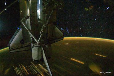 Ponad Ziemią w trakcie orbitalnej nocy (@Astro Soichi - Soichi Noguchi)