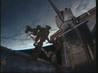 Godzina 11:31 CEST / Credits - NASA TV