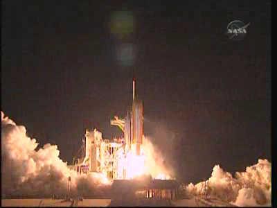 STS-131 opuszcza wyrzutnię na Florydzie, credit: NASA TV