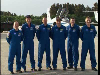 Załoga misji STS-132 po wylądowaniu na Florydzie / Credits - NASA TV