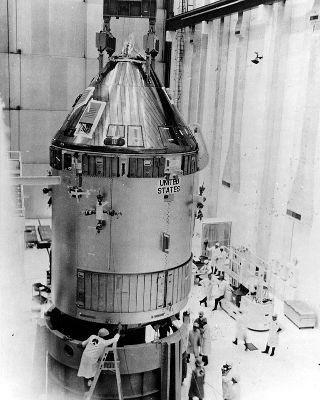 """Statek Apollo CSM-109 """"Odyseja"""" (NASA)"""