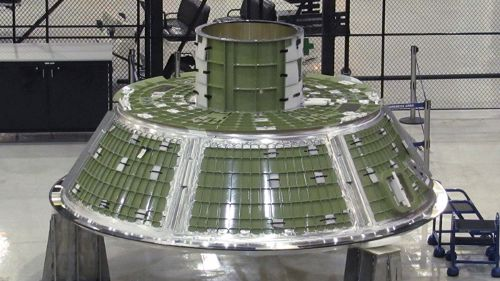 Forward Assembly budowanego egzemplarza testowego kapsuły Orion. Credits: Lockheed Martin