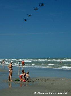 Helikoptery nad KSC / Credits - Marcin Dobrowolski