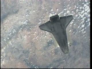 Zdjęcie z manewru RPM / Credtis: NASA TV & Ronsmytheiii