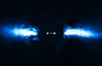 Zmiany położenia Beta Pictoris b w 2008 i 2009 roku / Credits - ESO/A.-M. Lagrange