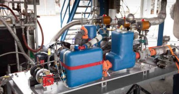 Demonstracyjna pompa tłokowa ciekłego wodoru zbudowana przez XCOR (XCOR)