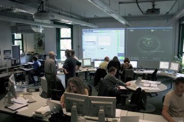 Centrum kontroli lądownika Philae w placówce Microgravity User Support Center, w Kolonii (Credits: ESA)