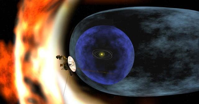 Rendering przedstawiający sondę Voyager, badającą zjawiska występujące na granicy heliosfery (NASA/JPL-Caltech)