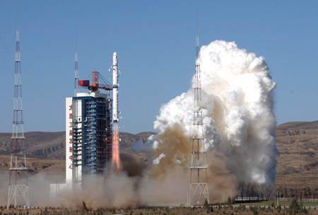 Start rakiety CZ-4B z satelitami Shijian-6 (Xinhua/Wang Yongji)