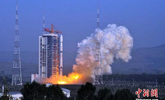 Start rakiety CZ-4D z satelitą Yaogan-10 z kosmodromu Taiyuan (Chinanews.com)