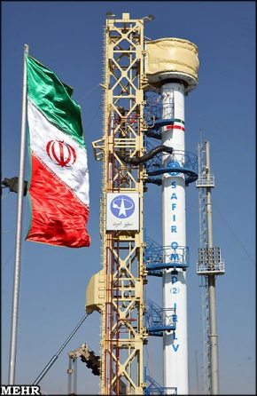Rakieta Safir-2 z satelitą Omid (Credits: MEHR/Teheran Times)