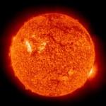 Słońce z dnia 1 sierpnia 2010 roku. Aktywny obszar 1092 jest jaśniejszy na tym obszarze / Credits - SOHO, ESA, NASA