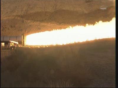 Uruchomiony silnik testowy DM-2 (NASA TV)