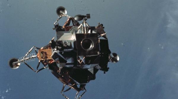 Lądownik księżycowy LEM na orbicie Ziemi testowany w ramach misji Apollo 9 (NASA/AS09-21-3181)