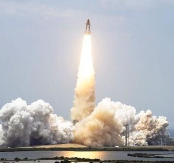 Start wahadłowca Atlantis w czasie misji STS-125 / Credits: NASA