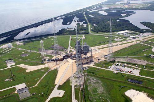 Widok z lotu ptaka na stanowisko startowe LC-39B (NASA)