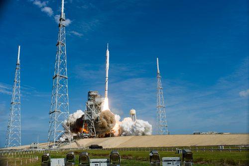 28 październik 2009 ostatni jak do tej pory start ze stanowiska startowego LC-39B. Na zdjęciu Ares I-X rozpoczyna lot testowy (NASA)