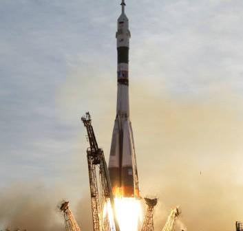 Start Sojuza TMA-5 w locie do Międzynarodowej Stacji Kosmicznej (NASA/Bill Ingalls)