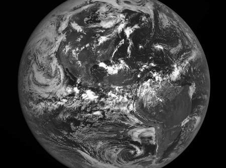 Ziemia widziana z orbity księżycowej okiem instrumentu LROC / Credits - NASA, GSFC, Arizona State University